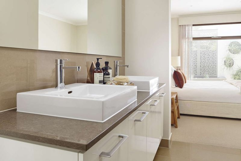 Henley Cascade Series Home Interiors - Ensuite