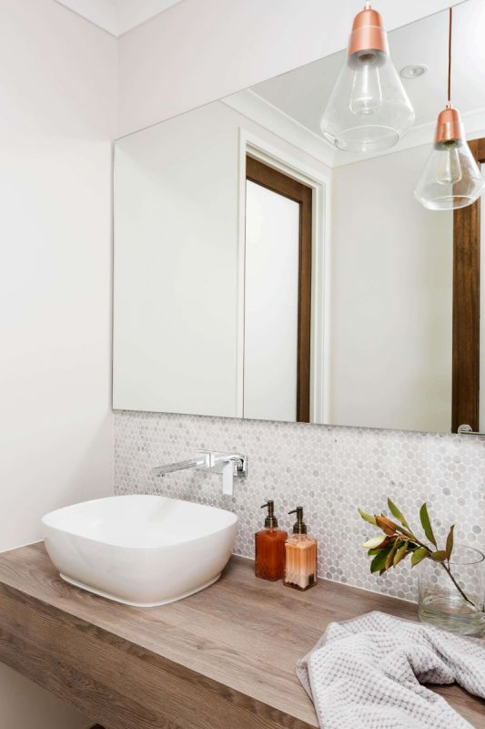 Henley Emperor Series Home Interiors - Bath