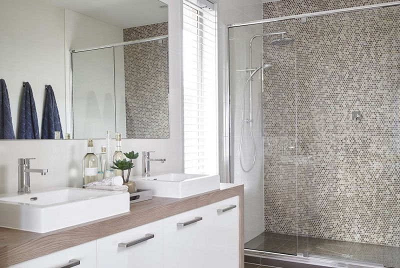 Henley Palace Series Home Interiors - Ensuite