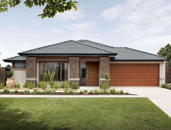 Henley Lexington Series Pascoe Facade Home